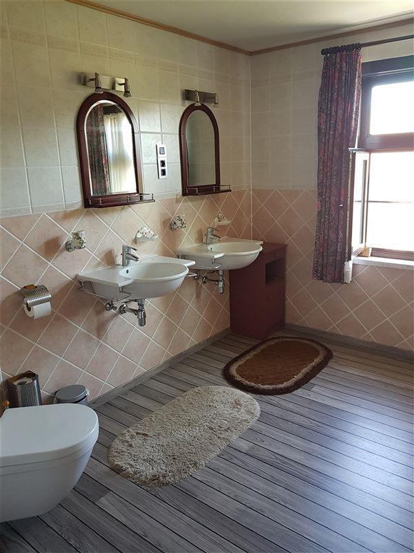 Foto 11 : Villa te 9160 LOKEREN (België) - Prijs € 660.000