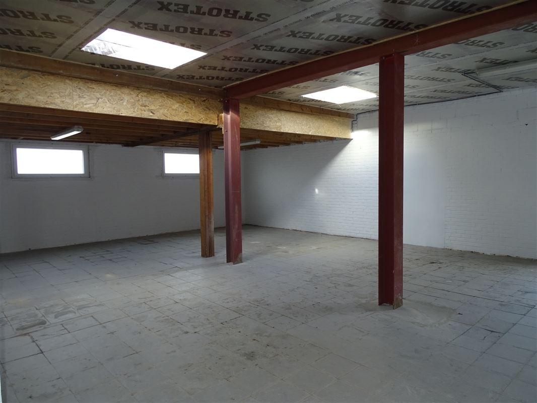 Foto 1 : Magazijn zonder bureel te 9940 SLEIDINGE (België) - Prijs € 195.000