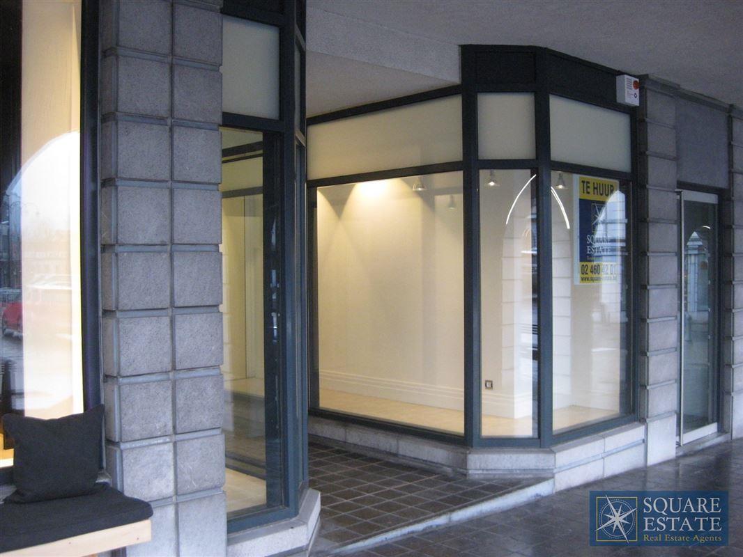 Foto 1 : Winkelruimte te 1780 WEMMEL (België) - Prijs € 1.750