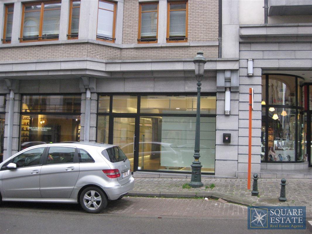 Foto 2 : Winkelruimte te 1780 WEMMEL (België) - Prijs € 2.200