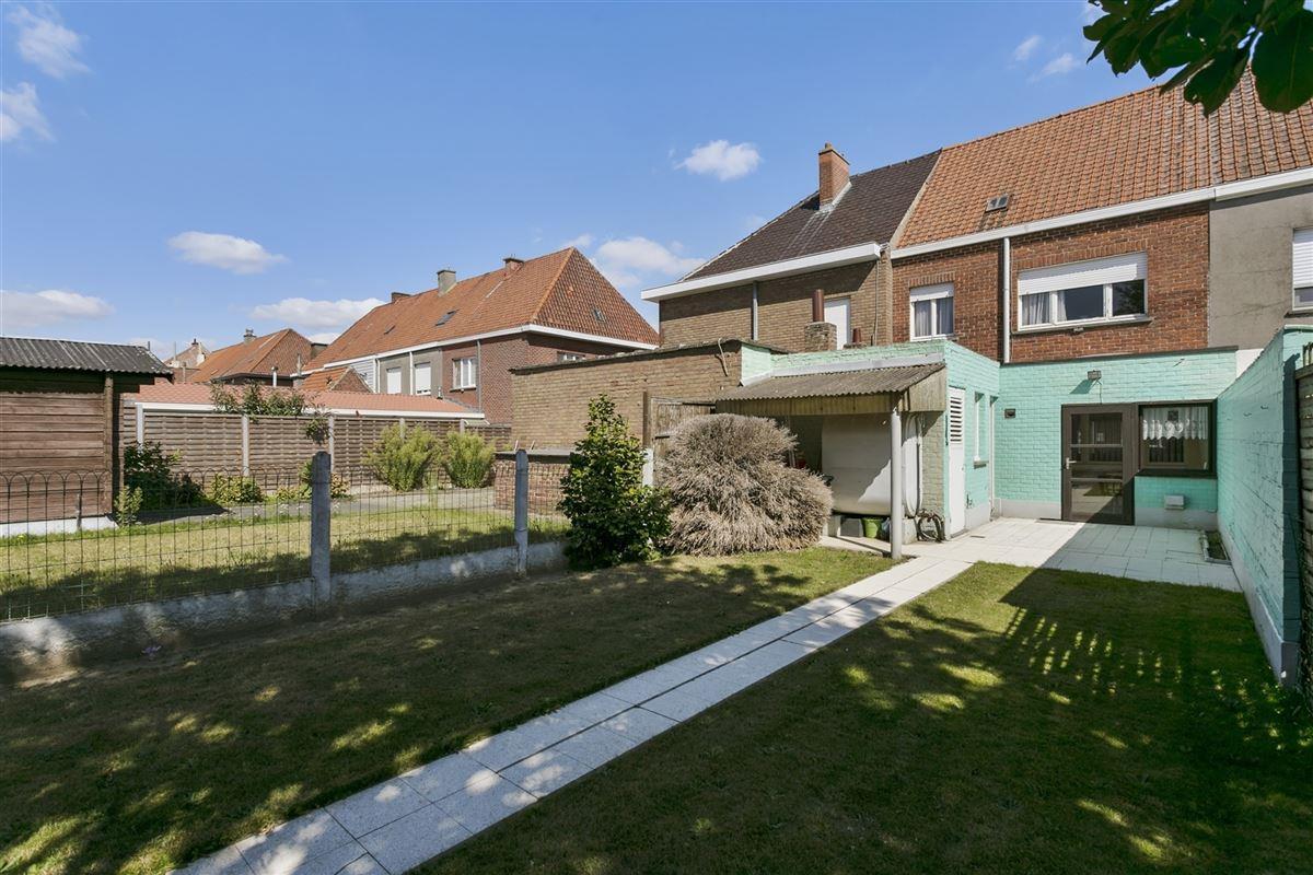 Foto 12 : Huis te 8530 HARELBEKE (België) - Prijs € 135.000