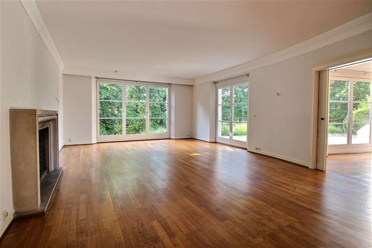 Image 2 : Villa à 1180 UCCLE (Belgique) - Prix 3.500 €