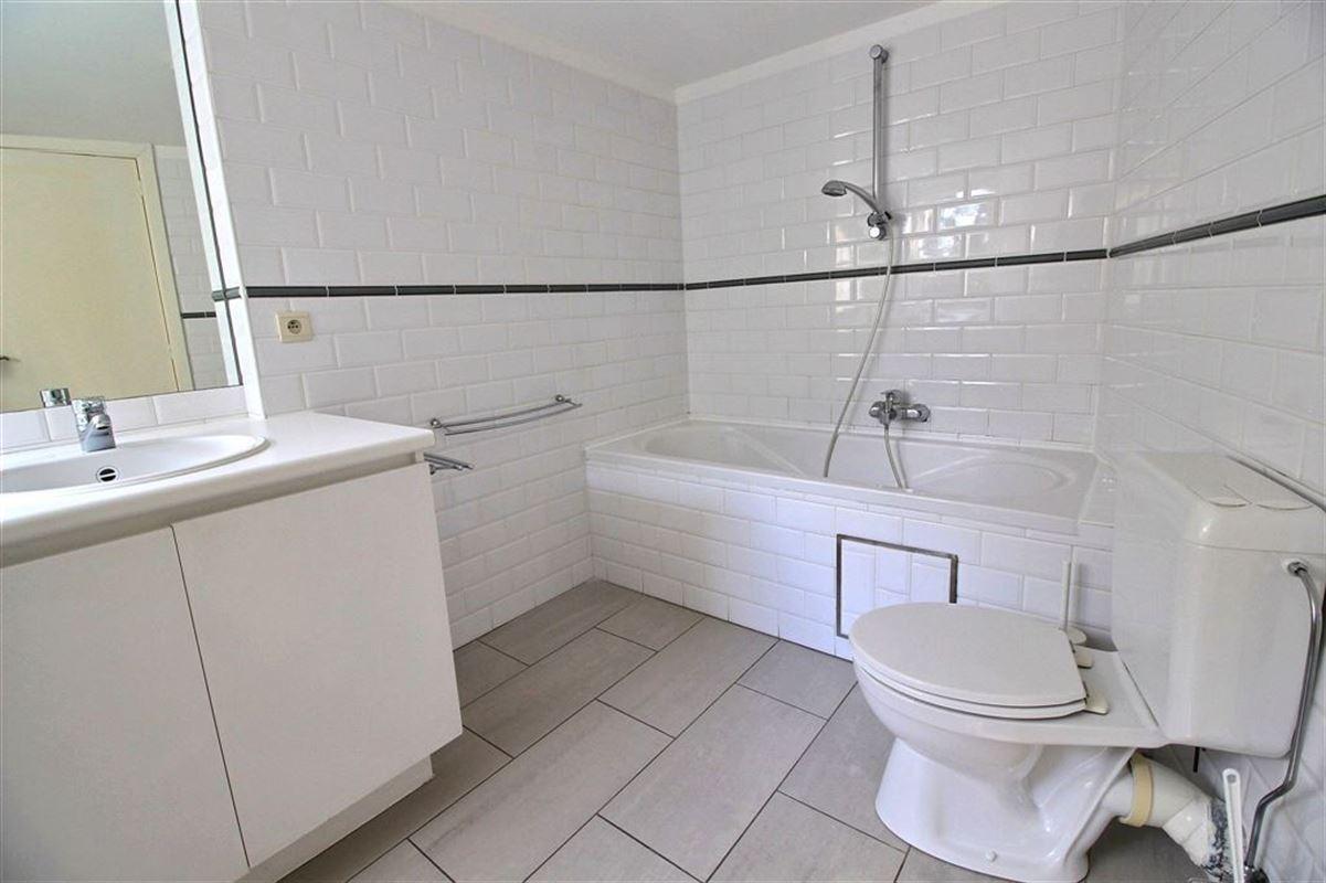 Image 10 : Villa IN 1180 UCCLE (Belgium) - Price 3.500 €