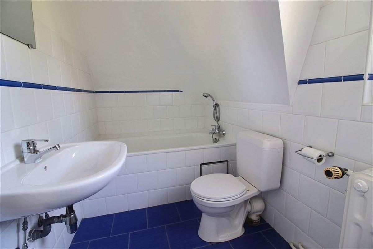 Image 14 : Villa à 1180 UCCLE (Belgique) - Prix 3.500 €