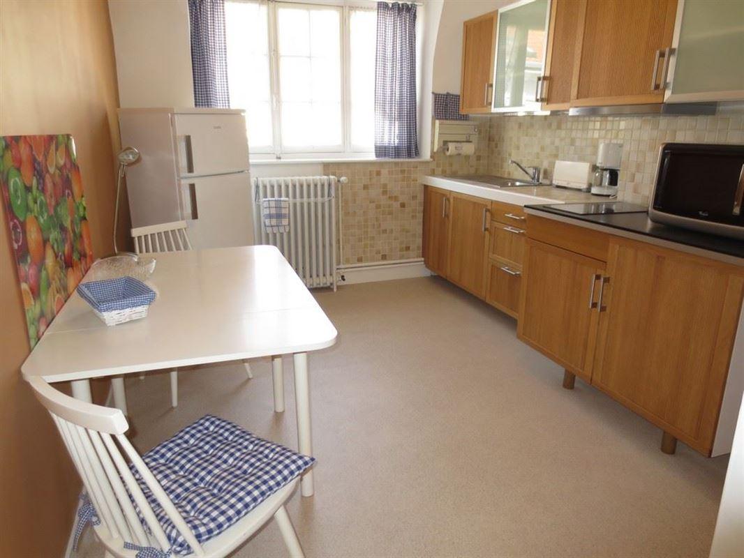 Image 4 : Appartement meublé à 1050 IXELLES (Belgique) - Prix 975 €