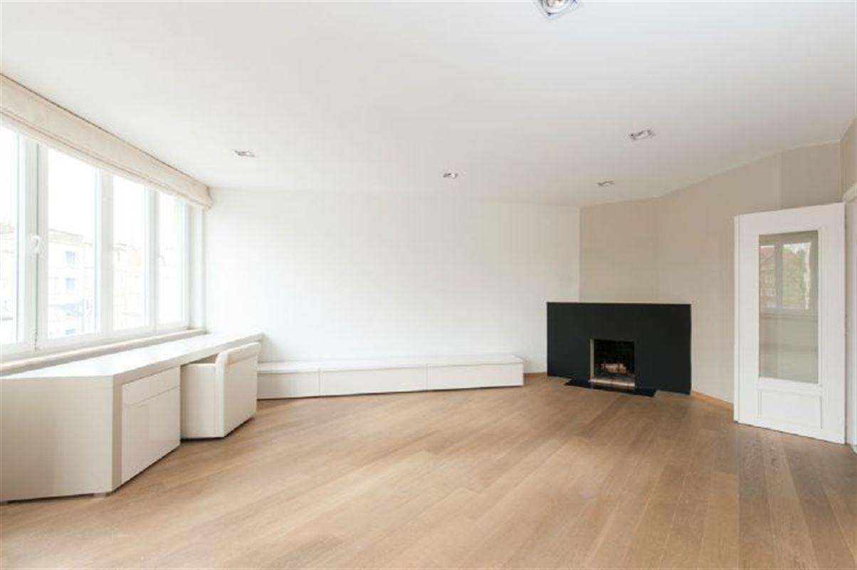 Image 1 : Appartement à 1050 IXELLES (Belgique) - Prix 325.000 €