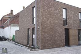 Half open woning te 8900 IEPER (België) - Prijs € 233.055