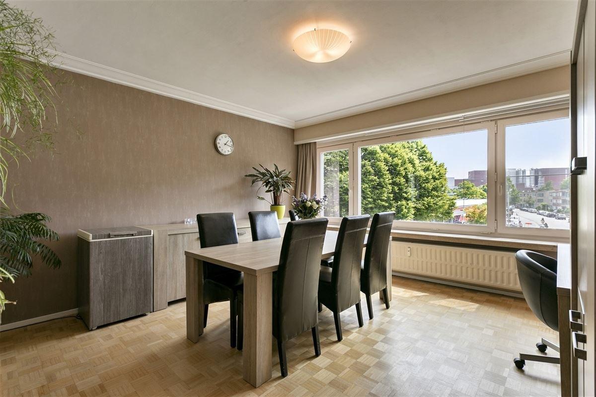 Foto 3 : Appartement te 2600 BERCHEM (België) - Prijs € 207.000
