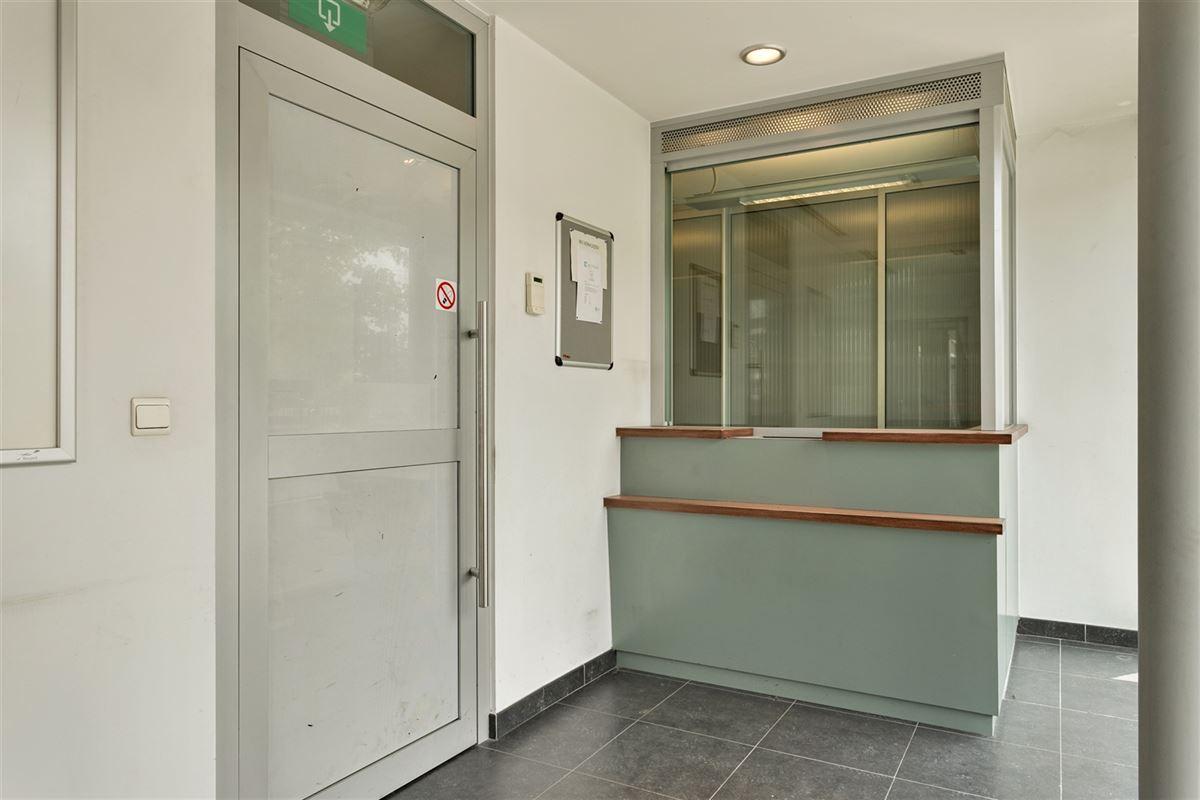 Foto 6 : commercieel gelijkvloers te 2640 MORTSEL (België) - Prijs € 215.000