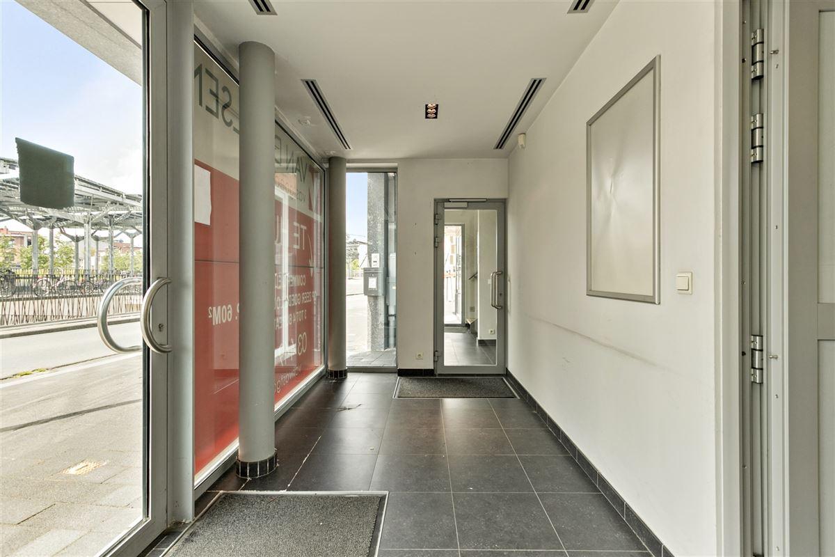 Foto 7 : commercieel gelijkvloers te 2640 MORTSEL (België) - Prijs € 215.000