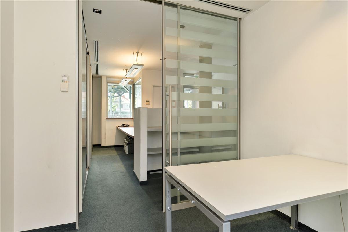 Foto 13 : commercieel gelijkvloers te 2640 MORTSEL (België) - Prijs € 215.000