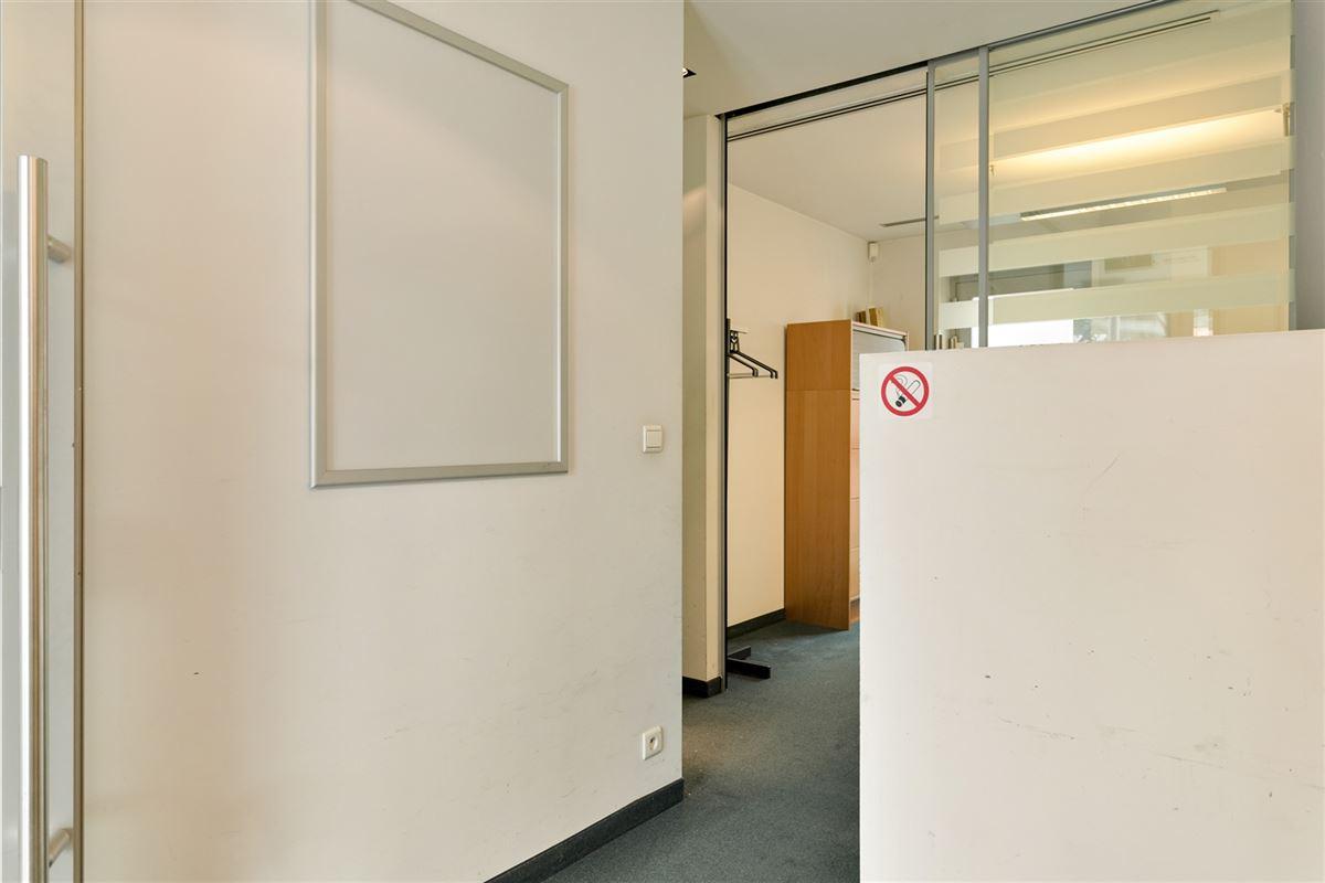 Foto 16 : commercieel gelijkvloers te 2640 MORTSEL (België) - Prijs € 215.000