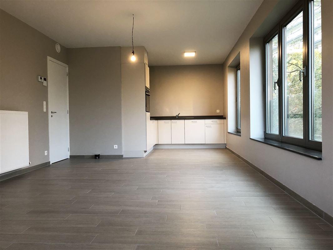 Foto 1 : Appartement te 2600 BERCHEM (België) - Prijs € 700