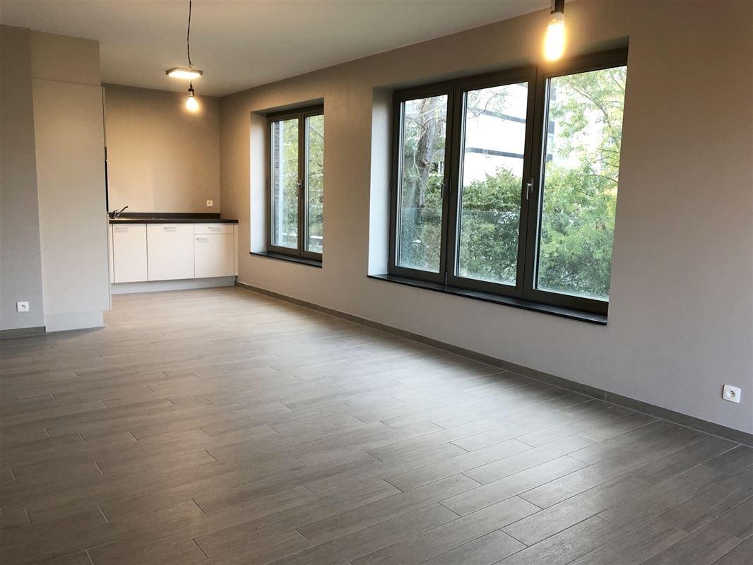 Foto 3 : Appartement te 2600 BERCHEM (België) - Prijs € 700