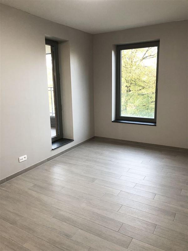 Foto 11 : Appartement te 2600 BERCHEM (België) - Prijs € 700