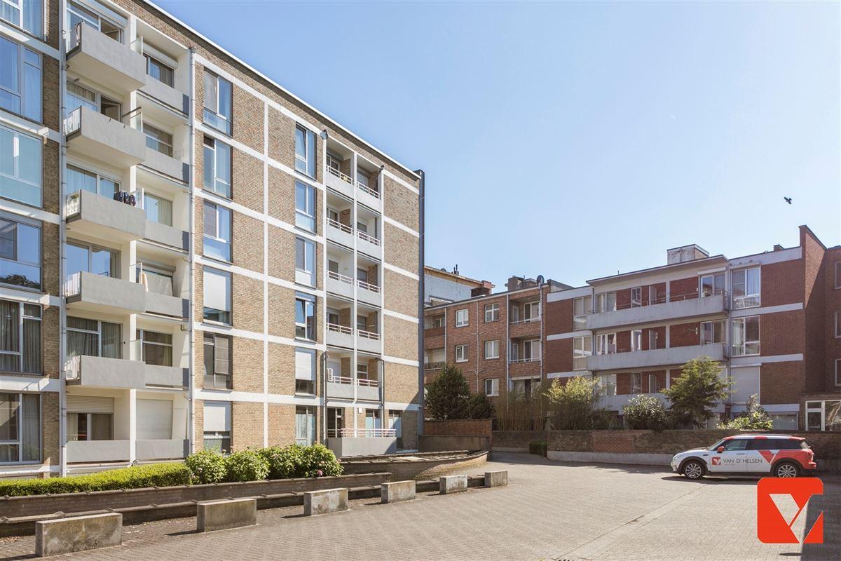 Foto 18 : Appartement te 2600 BERCHEM (België) - Prijs € 235.000