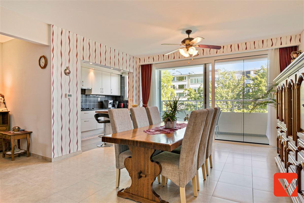 Foto 7 : Appartement te 2600 BERCHEM (België) - Prijs € 235.000