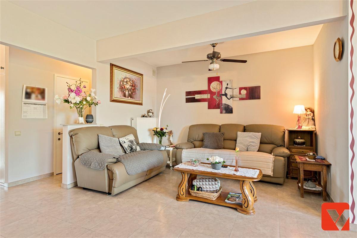 Foto 9 : Appartement te 2600 BERCHEM (België) - Prijs € 235.000