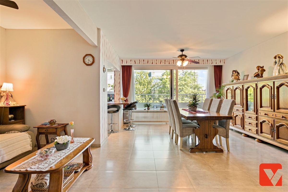 Foto 10 : Appartement te 2600 BERCHEM (België) - Prijs € 235.000
