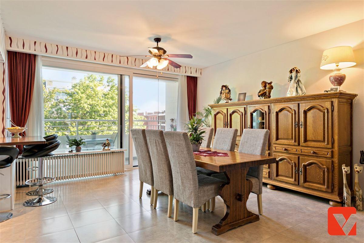 Foto 11 : Appartement te 2600 BERCHEM (België) - Prijs € 235.000