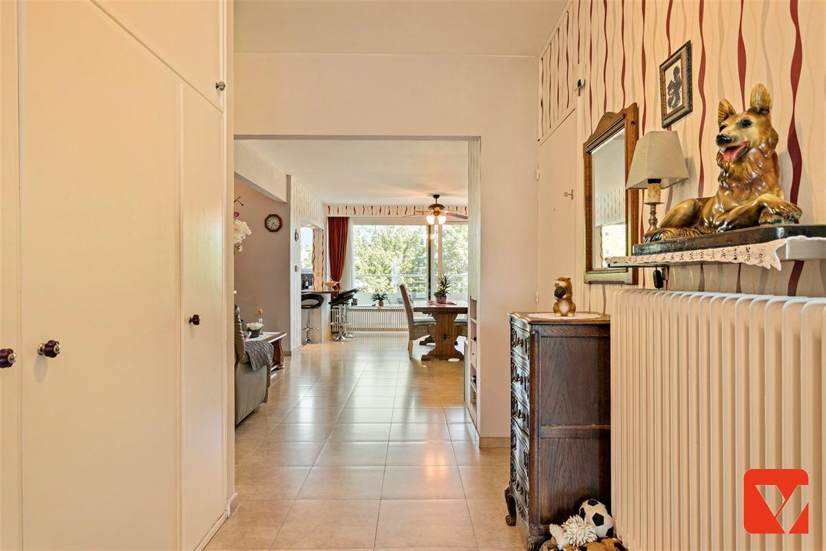 Foto 13 : Appartement te 2600 BERCHEM (België) - Prijs € 235.000
