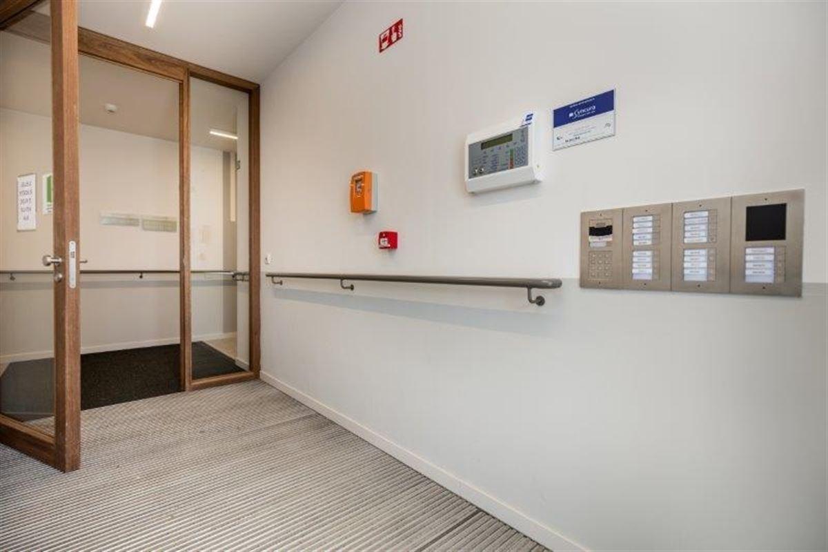 Appartement te huur te ONZE-LIEVE-VROUW-WAVER (2861)