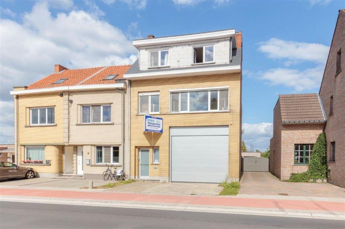 Woning met 3 slpks en magazijn te Sint-Katelijne-Waver. te koop te SINT-KATELIJNE-WAVER (2860)