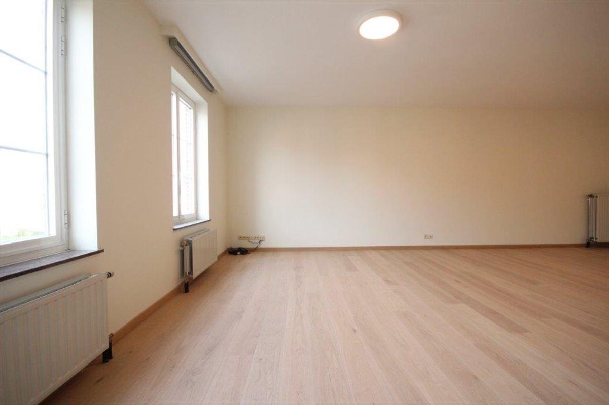 Rustig gelegen appartement met 2slpk en garagebox te Duffel. te huur te Duffel (2570)