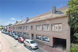 Verrassend ruim duplex-appartement met 4 SLPK te Keerbergen. te koop te KEERBERGEN (3140)